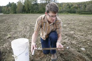 soil_testing-92816-079